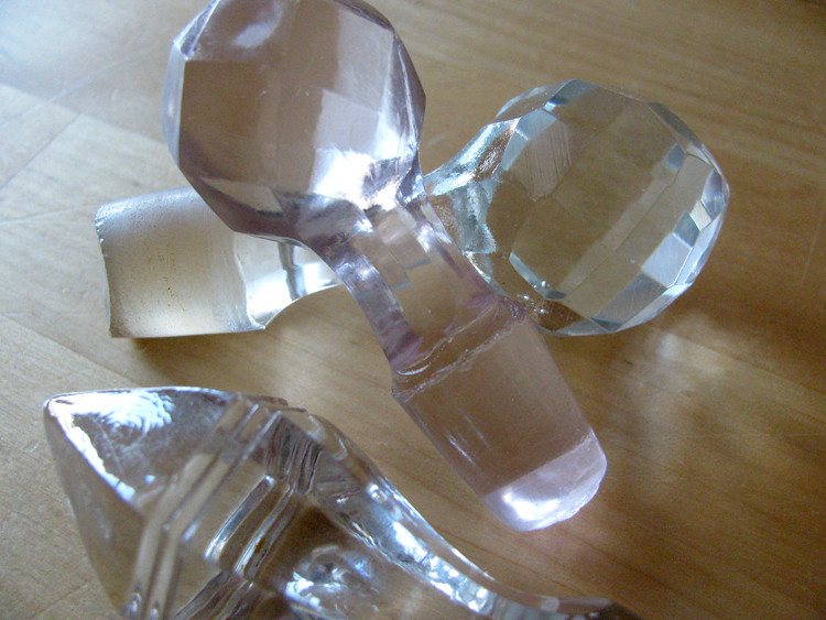 glass stoppers 2