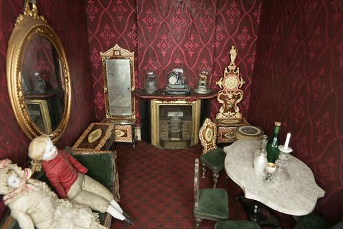12- Detalle casa de muñecas anteriror