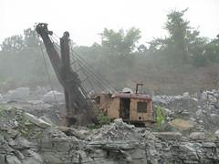 Northwest Shovel (dbro1206) Tags: abandoned rust northwest rusty equipment machinery resting shovel decayed oldiron