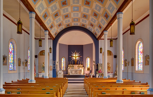 Saint John the Baptist Roman Catholic Church, in Villa Ridge (Gildehaus), Missouri, USA - nave