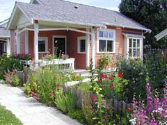 Third Street Cottages (photo courtesy of The Cottage Company)