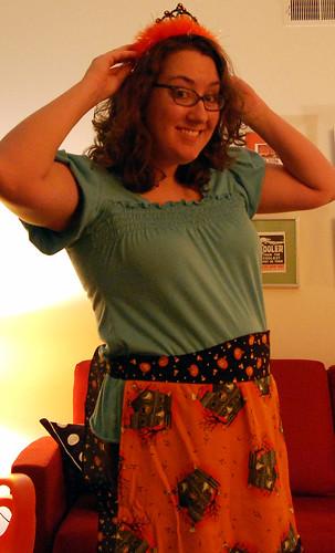 halloween tiara & apron