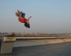Backflip nad ikovskou v (Badzo christian) Tags: jump air flip parkour acrobatic levitating backflip vyehrad freerun nuselk ikovskv