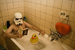 LotR in a warm bath (PtitBen) Tags: selfportrait storm trooper canon relax shower duck bath helmet rubber clean foam tub stormtrooper bain douche canard mousse baignoire casque savon propre 400d rebelxti