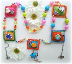 Glub glub... (Lidia Luz) Tags: necklace handmade crochet bijoux murano colar bijouteria croch lidialuz bijiuteria