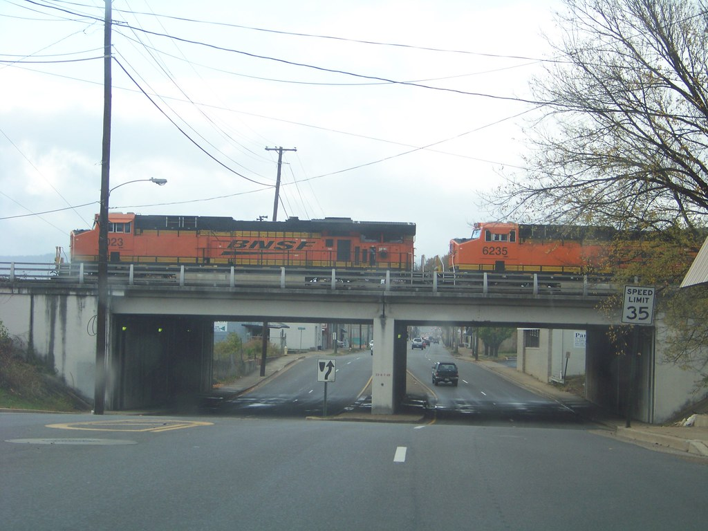 BNSF GEVO's In Chattanooga, TN