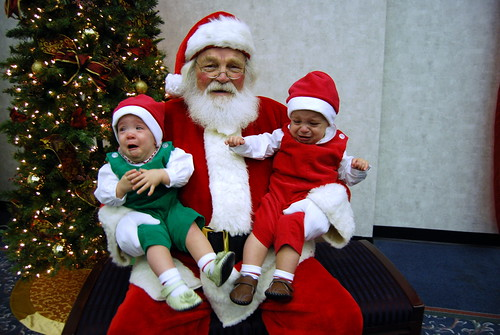 Creepy scary Santa pictures with crying kids
