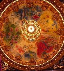 Plafond de l'Opra Garnier par Chagall (valkiribocou) Tags: christmas paris france tree de december christmastree du nol opra garnier 2008 arbre 6th personnel opragarnier 75008 nol arbredenol valkiribocou 6dcembre2008 samedisaturday samedi6dcembre2008 opragarnierchristmas