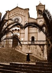 Collesano - Basilica di San Pietro (studiolof) Tags: bw sepia day chiesa sicily sanpietro pioggia sicilia ombrello madonie collesano signora parcodellemadonie rosarioloforti fotoloforti collesanesi
