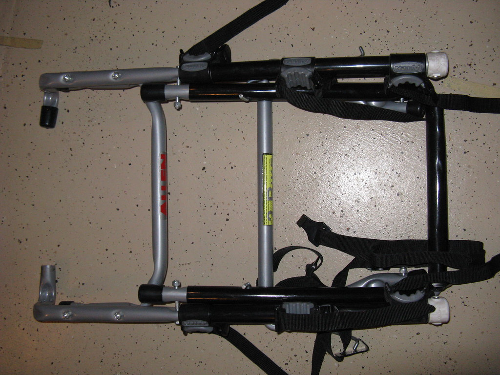 Allen 303DB SPARE TIRE DELUXE 3 BIKE Rack - $65
