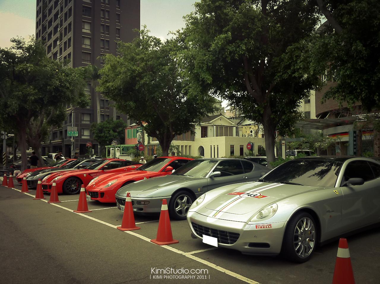 Ferrari 2011.06.10-019