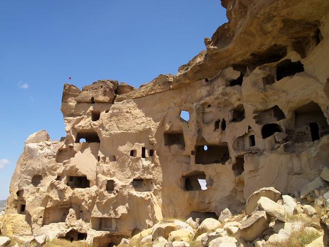Uchisar附近的一座小洞窟城市