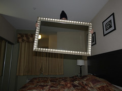 Mirror, mirror, off the wall! (scienceduck) Tags: 15fav usa chicago reflection public hat 510fav hotel mirror illinois jump jumping bed wideangle toque april 2008 bedjumping scienceduck bedjump