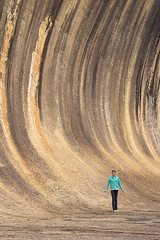 Wave rock (dalinean) Tags: sculpture stone sigma australia tourist holly sd10 westaustralia waverock landform hyden batholith