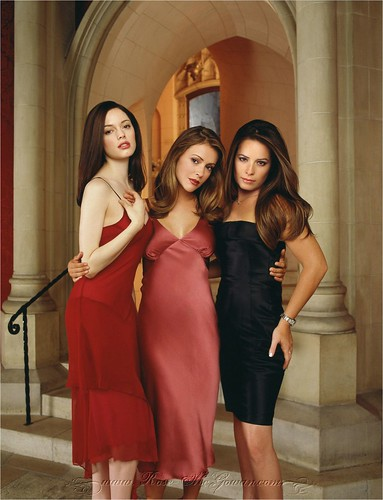 Source url:http://www.fluge.com/holly-marie-combs-star.html: Size:75x75 - 5k