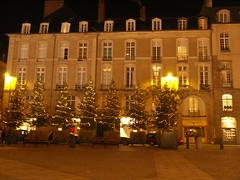 Rennes, France ([GW] GrafikWar) Tags: streets by night bretagne rues rennes