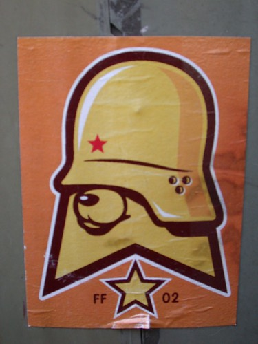 [Graff / Toiles / Stickers] FLYING FORTRESS 2764808433_f840199414