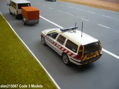 Volvo V70 Hampshire Motorway Traffic Patrol (alan215067code3models) Tags: auto road 3 art car volvo code traffic 5 police hampshire bmw series m3 unit v70 minichamps rpu hants policing