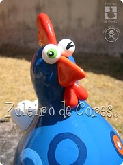 ref.155 (POLEIRO DE CORES) Tags: chicken galinha handmade artesanato biscuit gourd calabaza decorao gallinas cabaa toyart porcelanafria porongo poronga poleirodecores