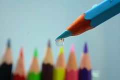 Drop (ToniZancle) Tags: reflection pencils colours colore drop riflessi gocce matite colorphotoaward tonizancle