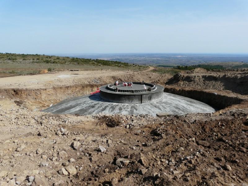 (Portugal) Construction du parc éolien du Sabugal 2967019085_0a3347fa44_o.jpg