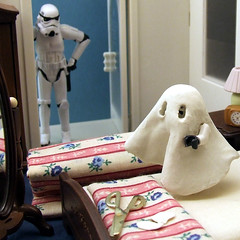 HAPPY HALLOWEEN FOLKS! (waihey) Tags: halloween diy bed bedroom ghost holes scissors cover dressingup bedsheets unhappyparent