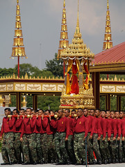 PB028633 (giftschen) Tags: thailand army bangkok ceremony royal thai tradition cremation