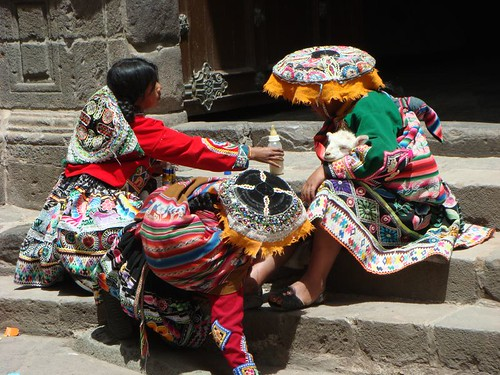 Indigenas all ready for the tourists´ money...Cusco, Peru