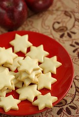 Ginger Star Cookies (2/2) (Thorsten (TK)) Tags: christmas xmas winter red food holiday cookies germany weihnachten stars star ginger holidays cookie advent dof sweet bokeh traditional seasonal spices german bakery sweets tradition typical comfort baked christmascookies cloves traditionalfood gebck foodphotography foodpresentation winterly weihnachtsbckerei xmascookies winterfood christmasbakery christmasfood weihnachtsbaeckerei foodstyling germanchristmascookies xmassweets christmassweets traditionalcookies foodtraditions thorstenkraska germanchristmasfood germanfoodtradition germanchristmasbakery weihnachtsbkerei germanxmascookies germanchristmassweets christmasfoodingermany germanychristmascookies
