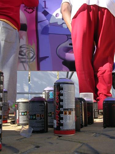 Botes pacientes para ser usados. Grafiti 45