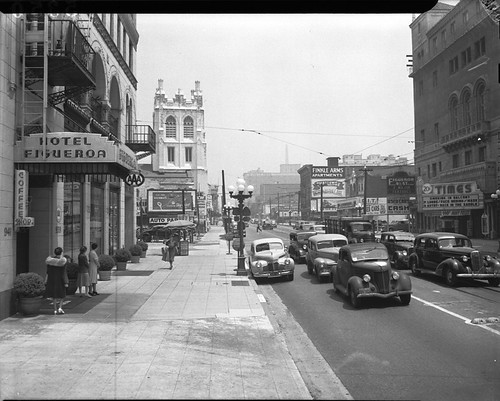10th and Figueroa, Looking North, 1941