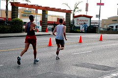 marathoners pass SF's Potrero Center (by: Michael Ashley, creative commons license)