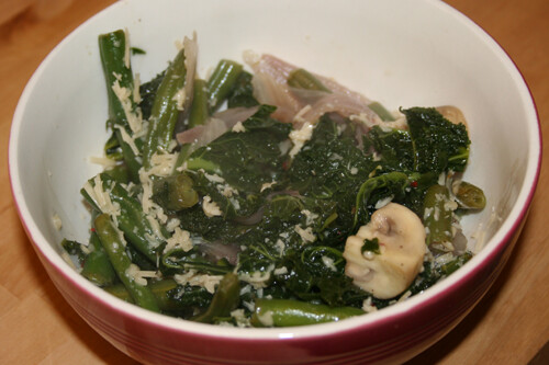 Spicy Parmesan Green Beans, Mushrooms, and Kale