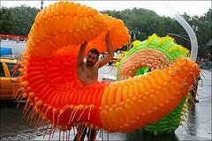 balloonboy (loop_oh) Tags: new york city nyc newyorkcity columbus orange usa newyork west apple circle balloons naked coast big manhattan ballon balloon broadway nackt wtc columbuscircle ballons westcoast bigapple luftballons luftballon