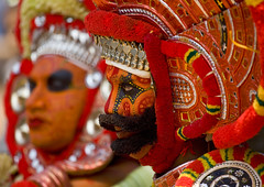Theyyam dancers with masks - India (Eric Lafforgue) Tags: red india beard democracy dance worship vishnu dancers mask god indian kerala explore indie ritual hindu indi indien hind indi inde southindia hodu malabar southasia indland  hindistan 2779 devam indija   ndia theyyam hindustan kannur kasargod  thalassery tellicherry  lafforgue   ericlafforgue hindia  theyyattam bhrat  theyyaattam kolathunadu indhiya bhratavarsha bhratadesha bharatadeshamu bhrrowtbaurshow  hndkastan