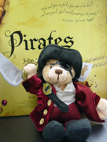 pirate bear (3/27)