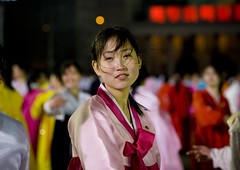 A beauty - North Korea (Eric Lafforgue) Tags: pictures travel woman girl asian photo women war asia picture korea kimjongil asie coree journalist journalists northkorea  dprk coreadelnorte juche 6615 kimilsung nordkorea lafforgue  ericlafforgue   coredunord coreadelnord  northcorea coreedunord rdpc  insidenorthkorea  rpdc   coriadonorte  kimjongun coreiadonorte