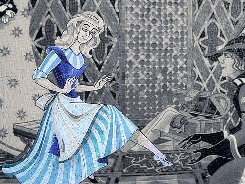 Disney - Cinderella Castle Mosaic Selective Coloring
