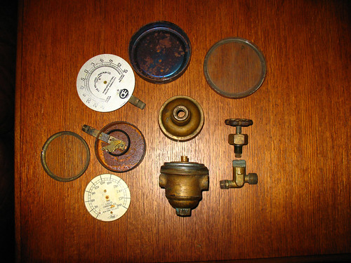 brass gauge disassembly