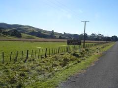 Longest Place name in the World 002 (Just Rye Oh) Tags: newzealand hawkesbay taumatawhakatangihangakoauauotamateaturipukakapikimaungahoronukupokaiwhenuakitanatahu longestplacenameintheworld
