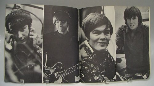 monkees_66tourbook04.jpg