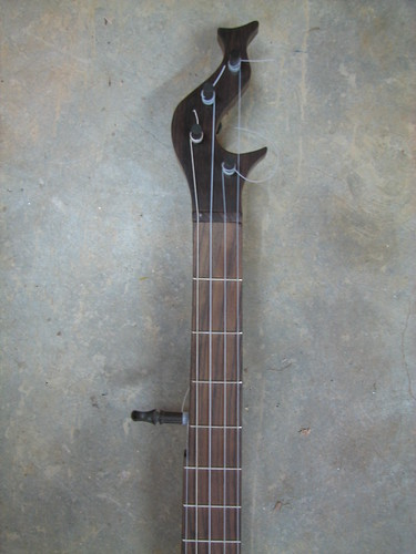 Rosewood peghead and fretboard