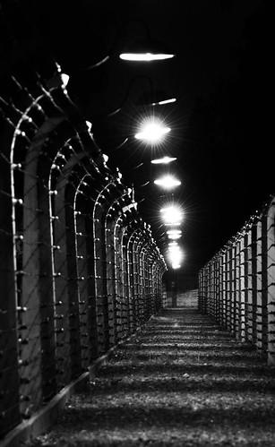 Auschwitz oświęcim filozofia
