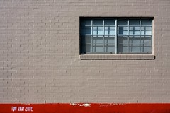 tow away zone (xgray) Tags: morning shadow red brick texture window lines wall digital 35mm canon austin eos prime texas apartment bricks gray iphoto blinds rectangle ef35mmf2 towawayzone 40d canoneos40d postedtophotographersonlj xgv08