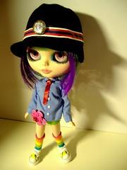 She mixes everything!!!She is stylist!!!! (Blythemaniaco) Tags: girl fashion crazy mix doll moda petal 80s blythe jem custom eighties 80 ep enchanted combination impossible sbl mueca erregiro