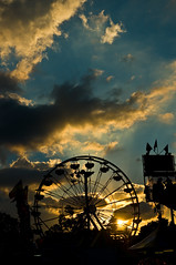 Fair Sunset (Paul D'Andrea) Tags: sunset indianapolis statefair d300 1870dx