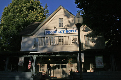 Prospect Historic Hotel@Mill Creek, OR