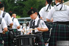 PNWHG Sun Morn d80 225 (weatherly_s) Tags: music youth drums northwest pipes festivals scottish piper bagpipes kilts drummers bagpiper highlandgames bagpipers bagpipe pipeband enumclawwa nwjpb northwestjuniorpipeband seattlehighlandgames seattleevents northwestjrpipeband pacificnwhighlandgames