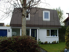 PANEL HOUSE (Learning from Milton Keynes) Tags: buildings 1981 homeworld