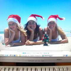 Merry Christmas (from down under) (Werner Schnell Images (2.stream)) Tags: christmas girls under down merry werner ws  schnell mywinners wernerschnell wernerschnellimages